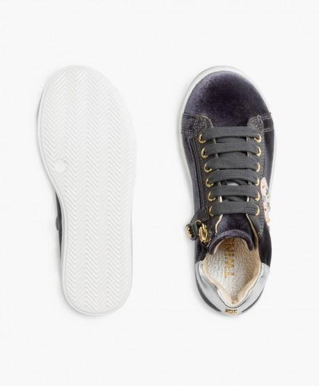 Twinset Sneakers Terciopelo Corazón Piel en Kolekole